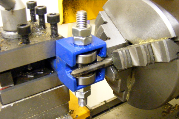 Hobbing-Adjustable-Hobbed-Bolt-In-Lathe